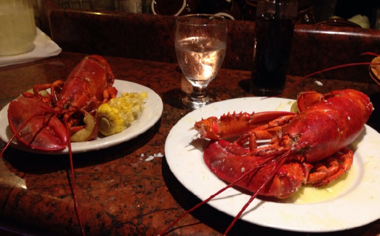 Kitchen 305 restaurant - Newport Beachside-hotel